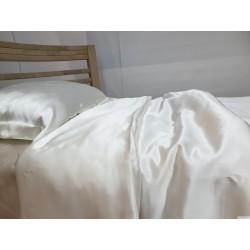 Комплект постельного белья из натурального шелка жемчужно белого цвета